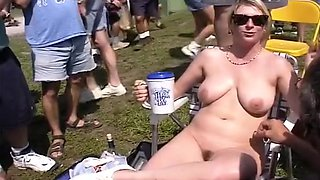Women Over 40 Getting Naked In Public