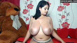 big tits camgirl show