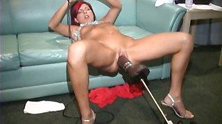 Eve slammed by a brutal dildo machine