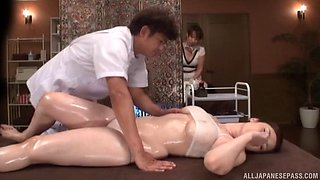 Hot Japanese woman getting nailed right after the sensual massage