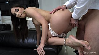 Dressed in sexy white lingerie babe Lilu Moon is ready for hard doggy