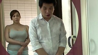 Chubby ass Japanese wife knows proper skills