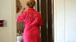 Hayley Marie Coppin - Shower Joi