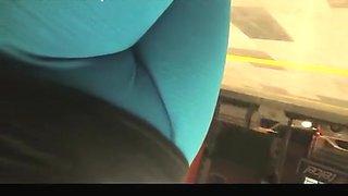 Blue leggings fat cameltoe