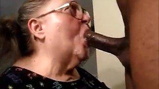 Gagging granny deepthroat