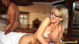 Mirella Mansur & Tony Tigrao in Thick Ass - MikeInBrazil