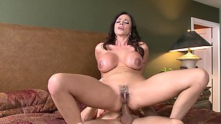Latina mommy Ariella Ferrera gives up her ass to a big cock