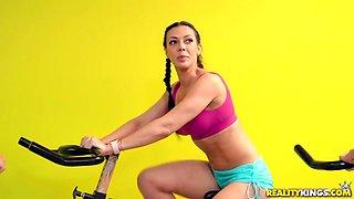 Rachel Starr & Sean Lawless in Sneaky Spinning - SneakySex