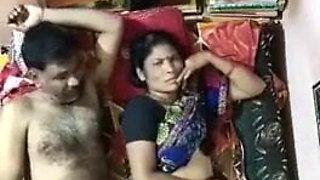 Wife husband ela undhi video