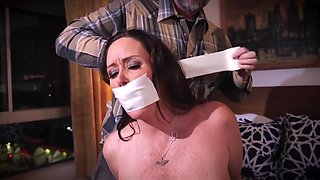 Christina Carter In Is A Sexy Milf Tied In The House