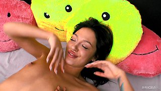 Amazing fucking in missionary with skinny girlfriend Kris the Foxx
