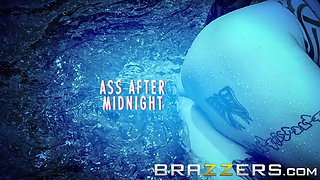Anna Bell Peaks gets oiled up and ass fucked by the pool- Brazzers