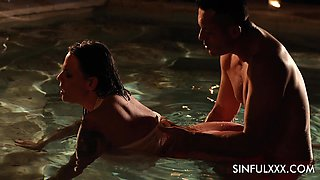 Voluptuous babe with jaw dropping tits Simony Diamond is making love in the pool