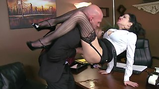 Muscular boss passes time by fucking his curvy secretary