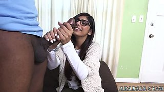 Muslim virgin Mia Khalifa Tries A Big Black Dick
