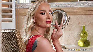 Mature whore in high heels Kayla Green swallows a huge load