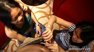 Amateur Filipina Girls Giving Head