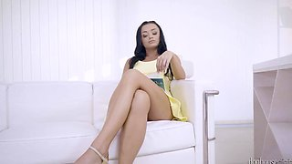 Raven-haired chick winds out that seasoned man is good in bed