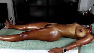 MissFluo Receive Massage With Masturbation To Orgasm