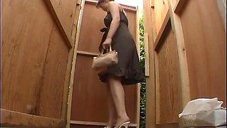 Hidden toilet voyeur with japanese girls